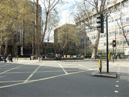 Photo:Christ Church Gardens today (view from Victoria Steet)