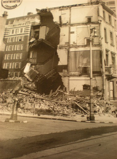 Photo:Damage to 90 Claverton Street, September 1940