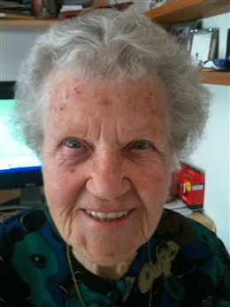 Photo:Doris Paul, aged 93, Sherborne House, Pimlico, September 2010