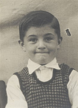 Photo:Mick Jones as a youngster
