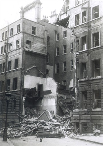 Photo:Damage to rear of 15 Victoria Street, 1940