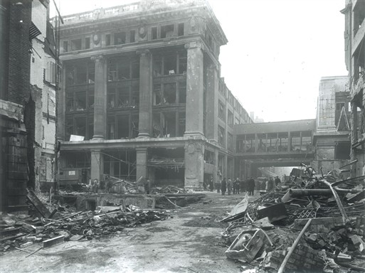 Photo:V2 damage to Selfridges, 1944 (viewed from Barrett Street)