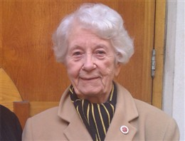 Image accompanying MP3 audio clip: Stella Shares her experience of living in Westminster during the Blitz ( KB)