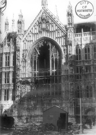 Photo:The bomb-damaged Houses of Parliament