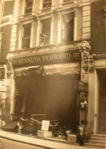 Photo:Damage to 37 Conduit Street, October 1940